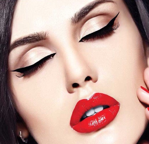 This tutorial is all about how to get the perfect red lips you've been trying to copy for a long time!😍💋