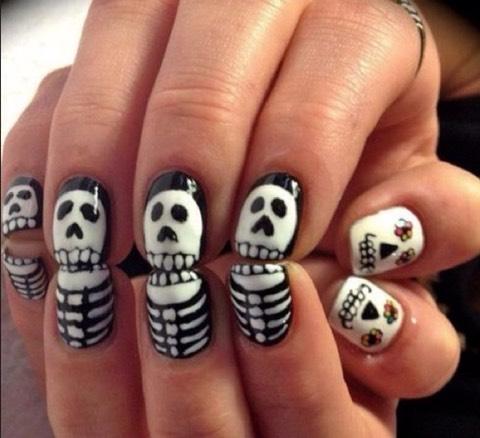 Skeletons nails👻💅