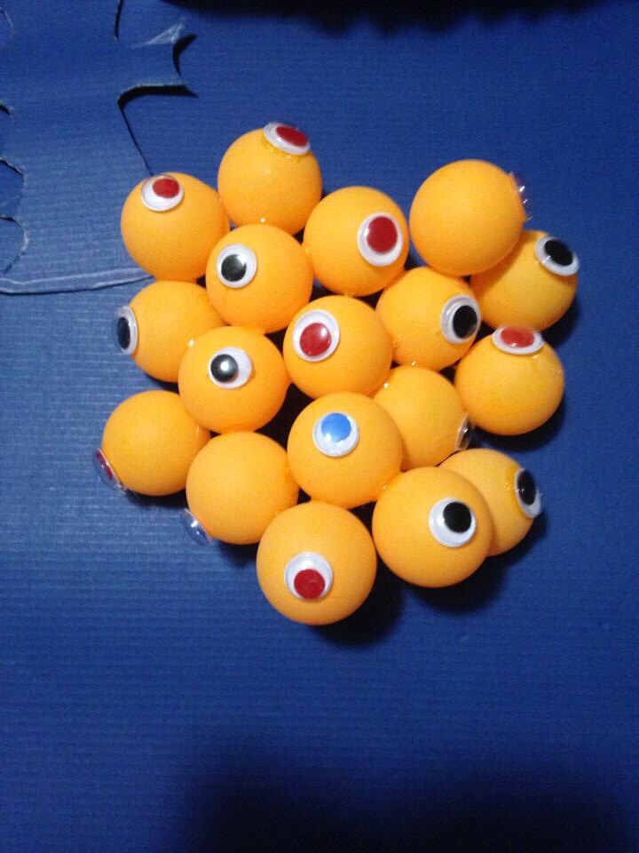 glue some pingpong balls together then add some googly eyes to them you can even - Halloween Ping Pong Balls