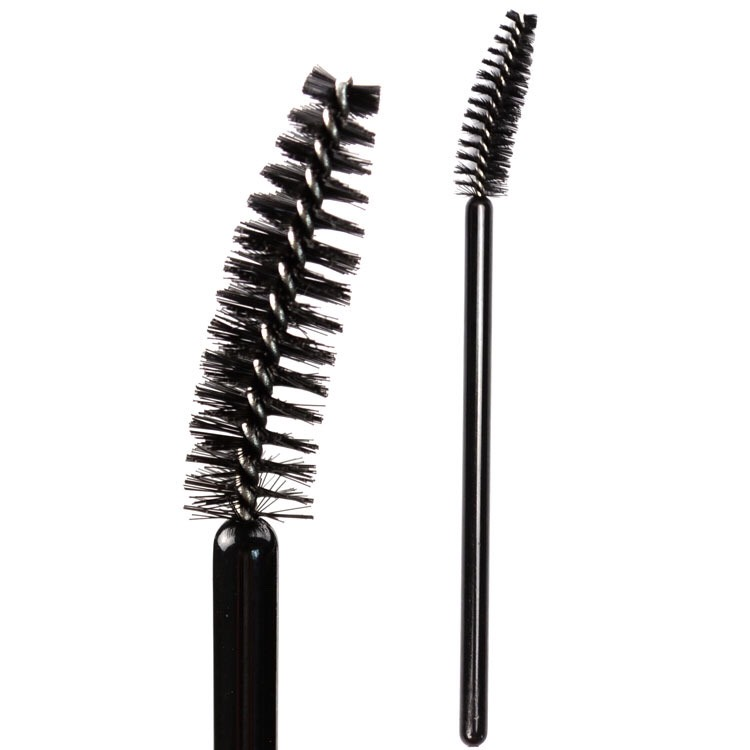 You can also use the eyelash brush to apply the oil. Take a few drops on the eyelash brush and comb it through your eyelashes. Let it sit for a while and then follow the same procedure as stated above.