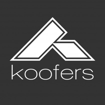 5-Koofers  Its really cool because you can create printable flash cards, make a class schedule and also use the free test bank.