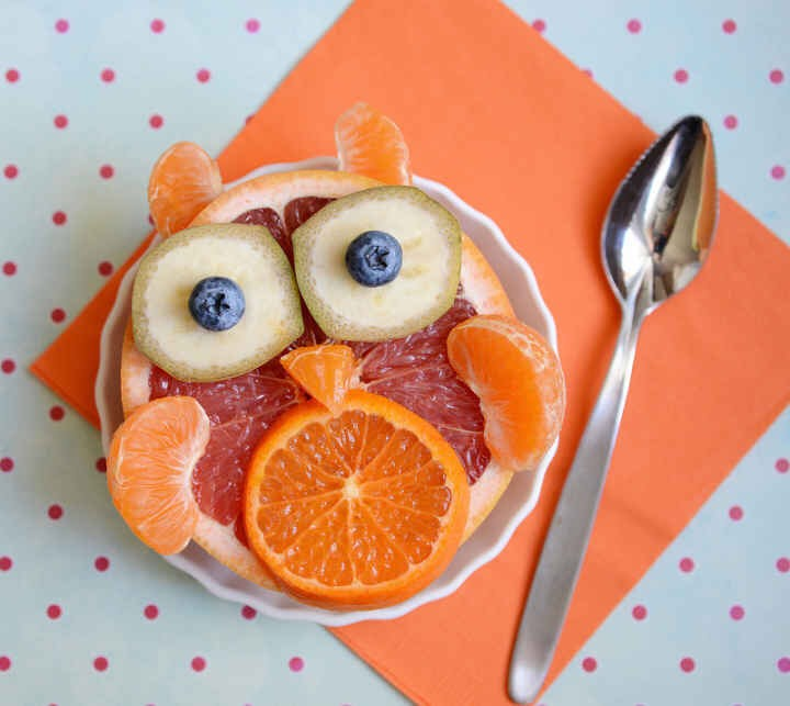 Start your day off right with a grapefruit owl.