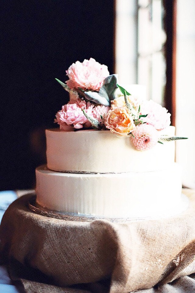 Faux Pas 6: Leaving before the cake is cut. The cutting of the cake is a traditional sign that it's acceptable for elderly guests to leave if they desire. If you are such a wet blanket that you need to leave with them, so be it, just wait for the cake to be cut first.