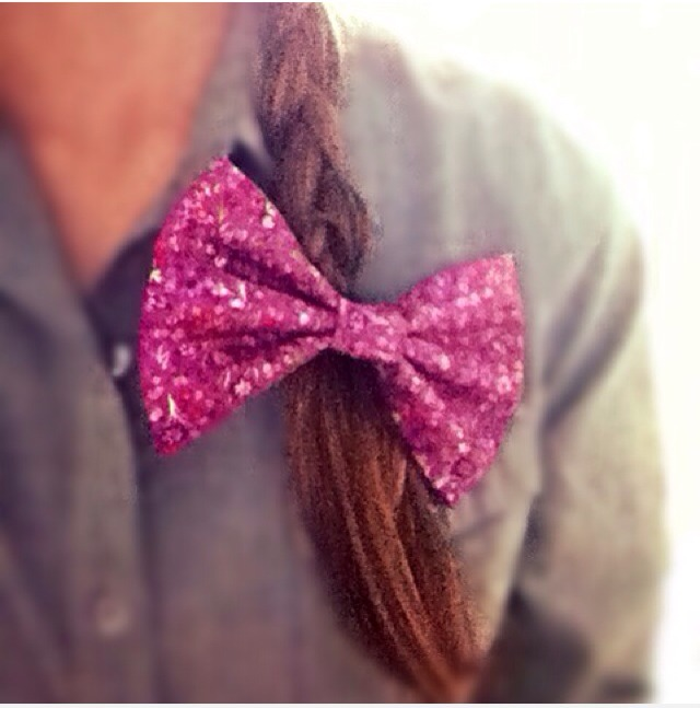 Find it at the Etsy store, allthingsashley, and don't forget to check out all of the other bows and cute stuff!