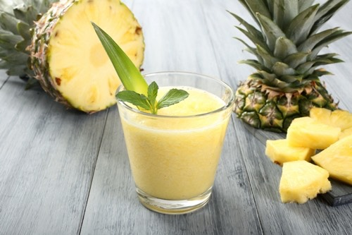 Pineapple Smoothie Itcontains the nutrition value (as per serving) like 271 calories, 1gm fiber, 30gms carb, 9gms proteins, 29gms sugar, 14gms fat, 1.5gms sat fat and 104 mg sodium.