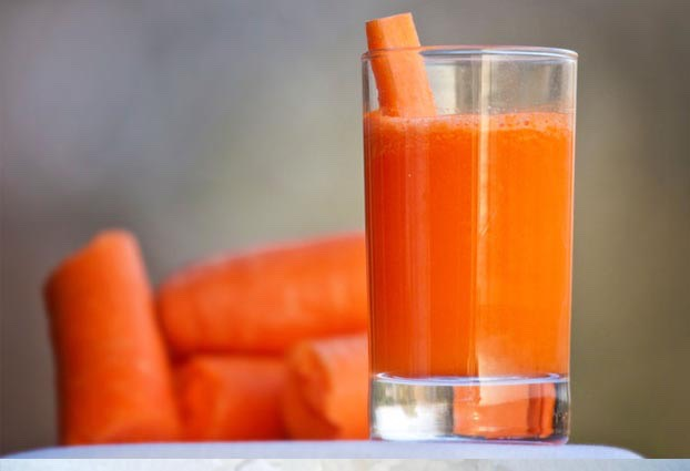 Carrot juice is equally effective to make your skin more beautiful. Apply it on area affected by acne and leave it to act for 10 minutes.