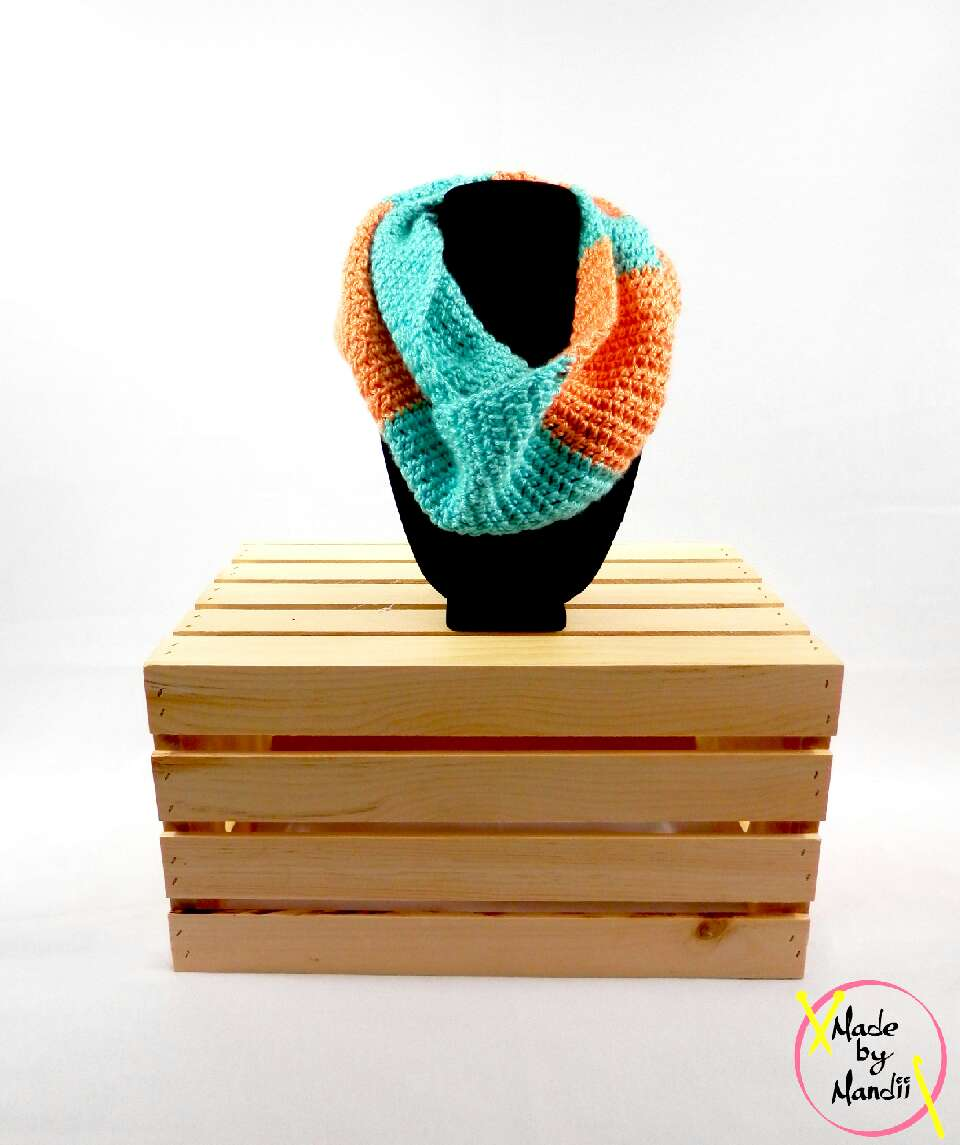 fashion foward infinity scarf must have