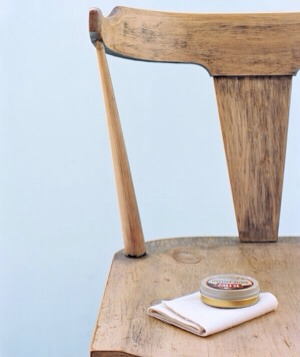 Shoe Polish as Furniture Polish Spruce up wood furniture by filling in scratches with shoe polish in a similar shade.