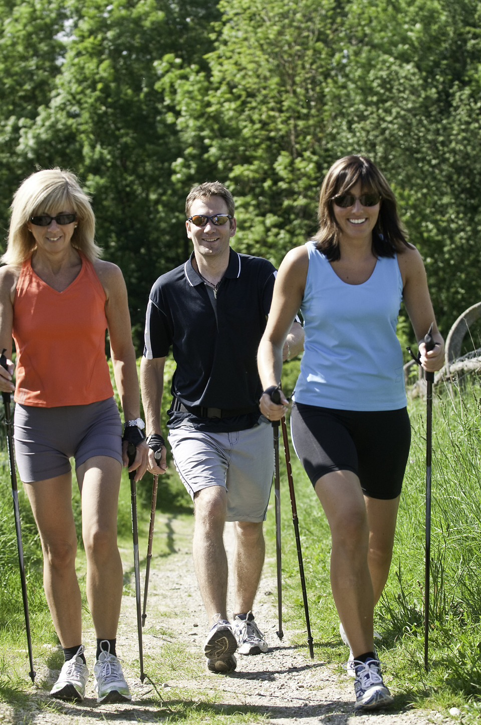 Walking with Nordic poles makes you burn 20% more calories than without them.