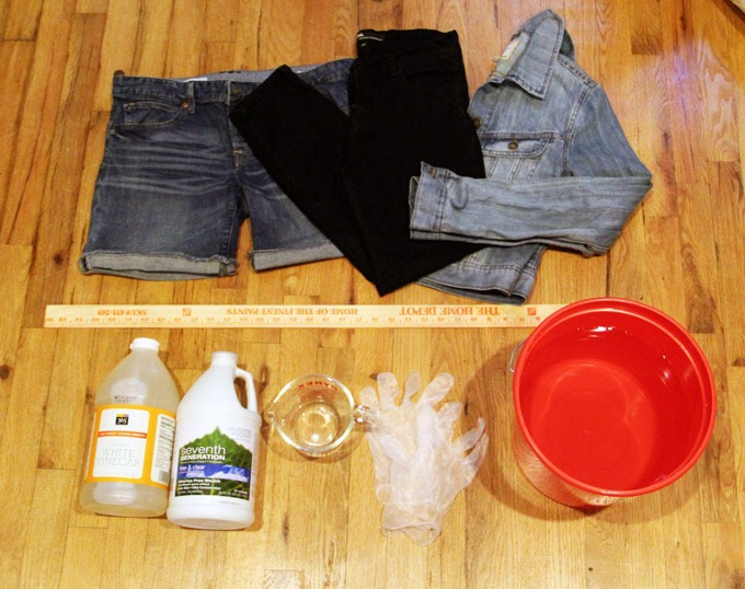 8. Avoid fading your dark wash jeans by adding distilled vinegar to the last washing cycle.