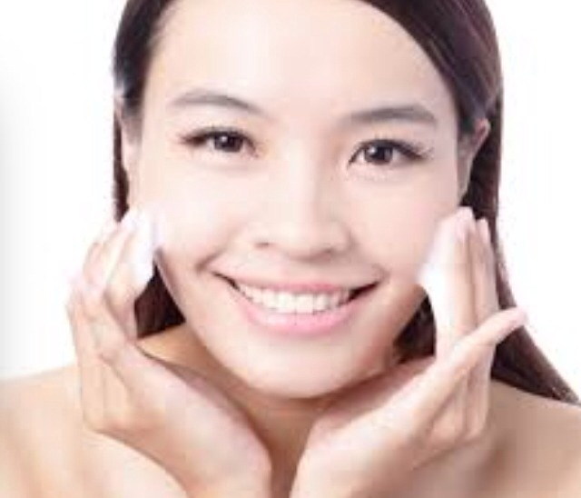 Tip #2: cleaner to be clear Make sure to wash you face every morning and night. Doing this will decrease your chances of getting acne. Avoid face washes and face cleansers that have fragrance, oils parabeans, and sodium laurel sulfate.
