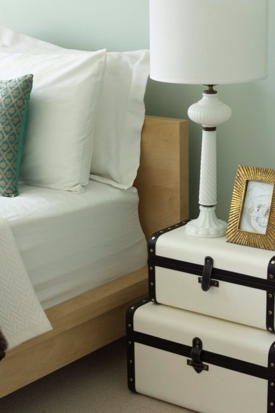 19. Use suitcases elsewhere in the house to store out-of-season linens, blankets, or sweaters. Personally I think old trunks with a bit of paint are perfect and give of a beautiful vintage look.