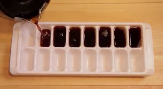 2) Pour the coffee into an ice cube tray