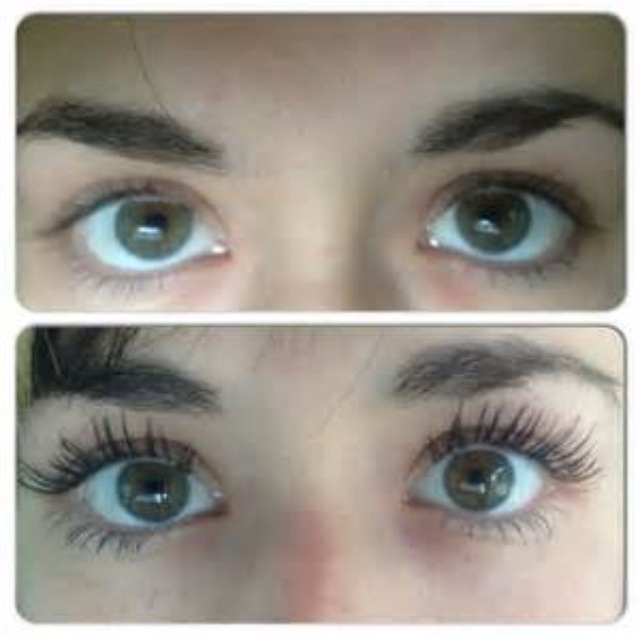 One coat 3D mascara on the bottom. Regular lashes on the top!