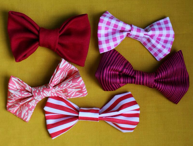 Here's another fun idea. I made this bow with candy cane striped ribbon last year. This one is even quicker to create. It's the same process, with no folding. :)