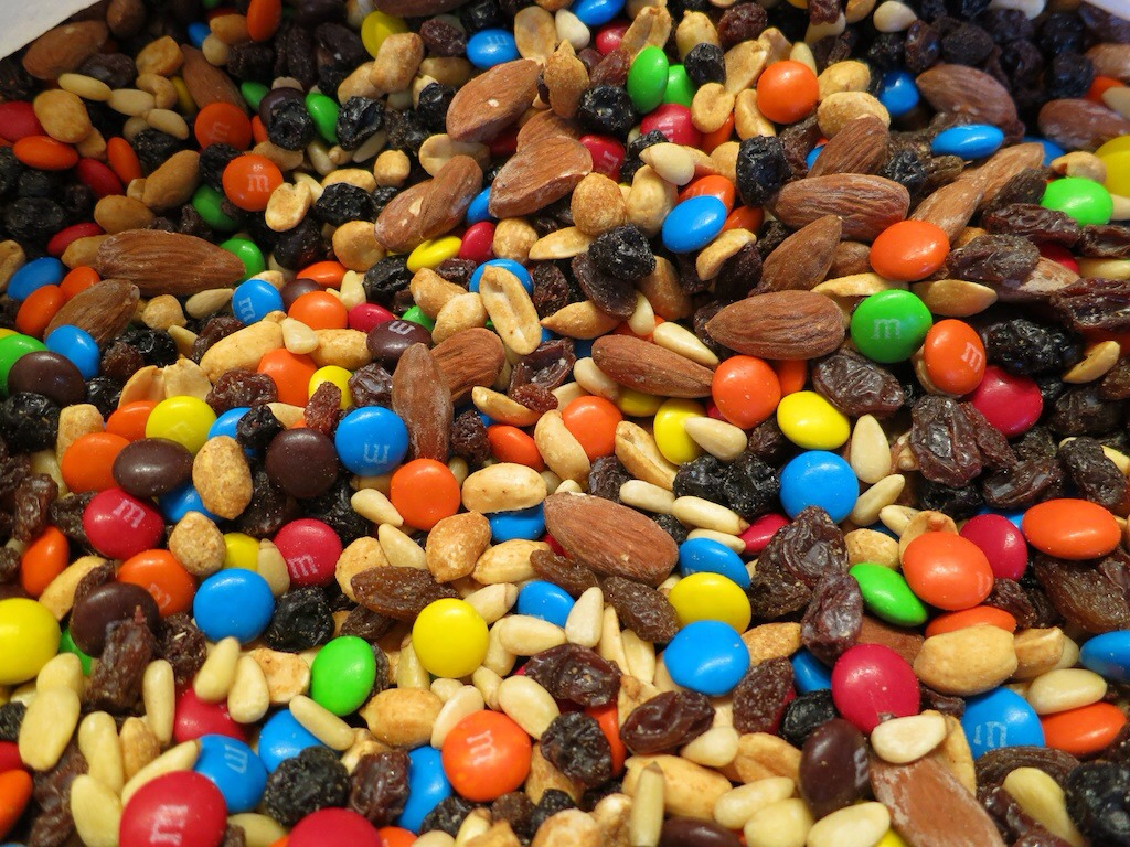 6. Trail mix: Healthy trail mix is possible (with just nuts, dark chocolate, and dried apricots is one option), most of the versions we buy at the store are loaded with candy-coated pieces, yogurt-covered raisins and sesame sticks. If you eat 2 handfuls, it's almost 600 calories!