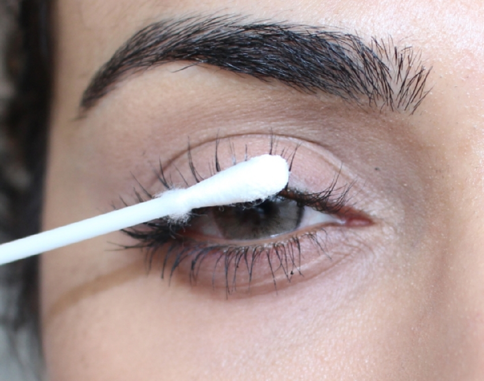 With a Q-tip or a CLEAN mascara wand, apply the mixture onto your CLEAN lashes every night. Soon your lashes will be growing longer and thicker!