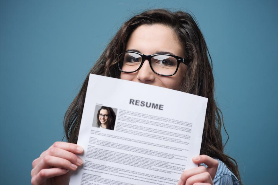 When you apply for a job, of course you want to make a good first impression. How you present yourself isn't just about your new blazer or those great Jackie-O pumps. It begins with how you come across on paper.   How does your resume stack up?