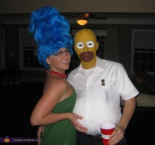 The Simpsons - Marge and Homer