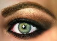 Or use a dark/neutral smoke eye