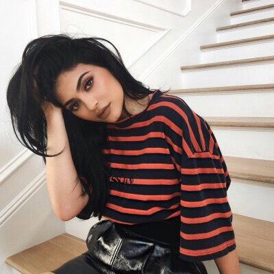 Kylie Jenner - kylizzlemynizzl
