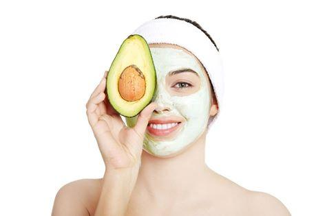 Avocado ‪Face‬ ‪Mask‬ (Great for Moisturizing) 1/2 Avocado 1/4c Honey. Mash the avocado, stir in honey. Apply to face for 10m. Read More: http://goo.gl/AxPmzQ