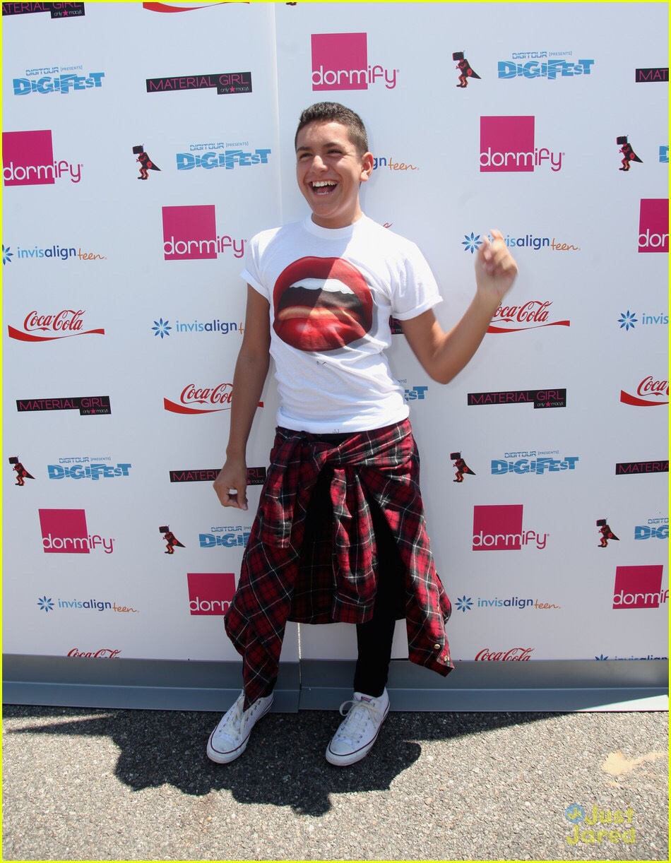 Lohanthony: if you want a good laugh, Anthony is the guy to watch. He recently came out as gay and is just the person to make you laugh really hard.