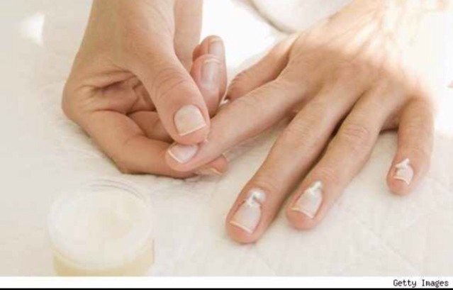 7. Put Vaseline on your cuticles several times a day for softer and better looking cuticles every day.💅