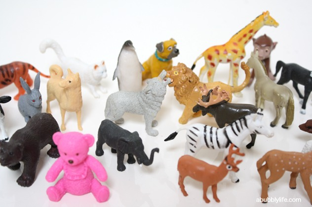 Find 25 toy animals! Any!