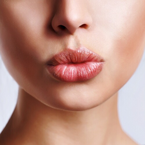2) Don't lick or pick at your lips. These two common habits can dry out your lips more and lead to an infection or a cold sore. When your lips are chapped, avoid the temptation to lick them constantly or pick at them.