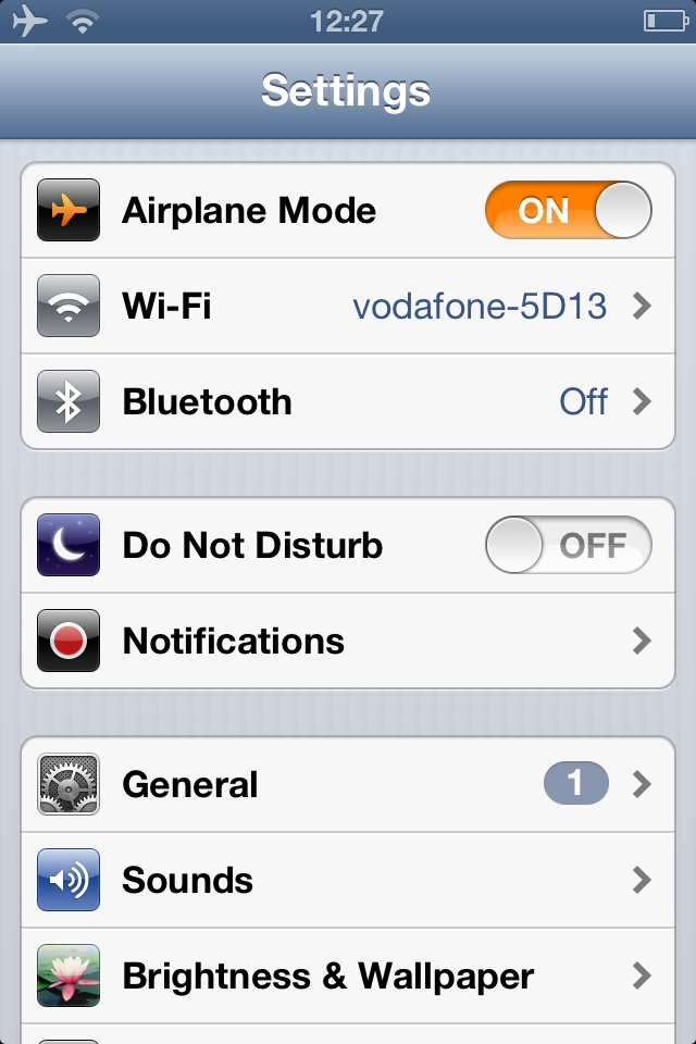 Turn on airplane mode and then your plug in the charger and that's how to charge your thing faster!