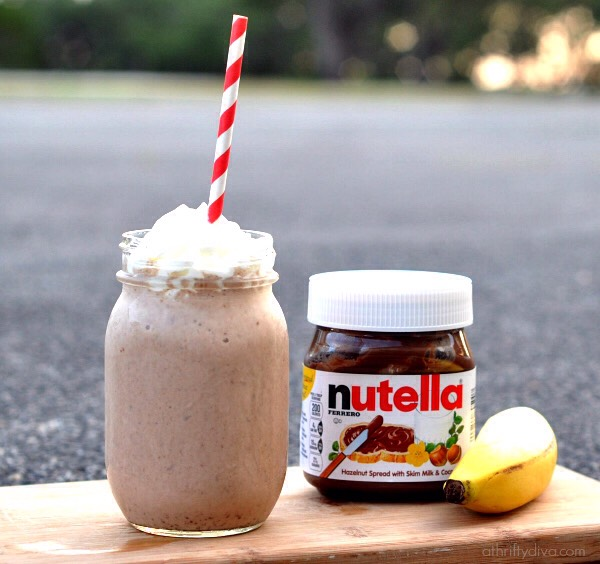 This is my personal favorite It is the best Nutella and banana smoothie ever🌹🌹My tip......ADD LOTS OF NUTELLA😉😉😍