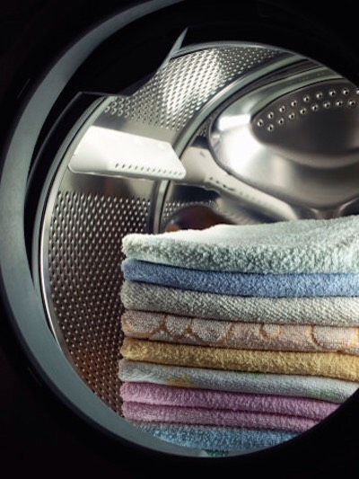 4 Reuse up to 20 times. This isn't a one soak, one load situation. This DIY dryer sheet will keep softening for up to 20 loads before it needs to be re-soaked.