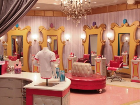 Bibbidi Bobbidi Boutique (BBB): great place to get a magical princess makeover. Little girls get their hair, nails, and makeup done.