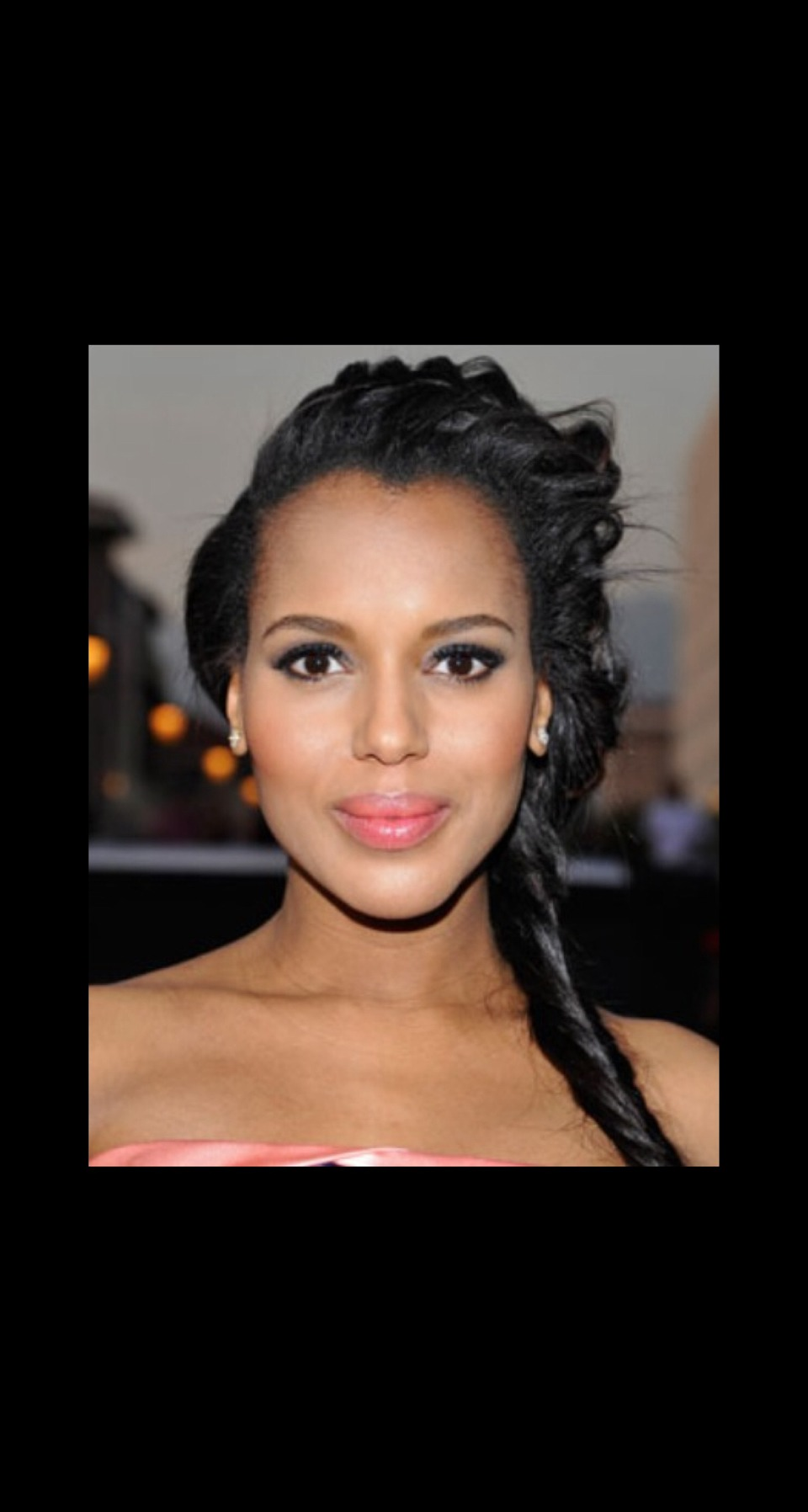TWISTED SIDE BRAID Kerry Washington glowed on the red carpet at the NAACP Image Awards with a flushed cheek and pale pink lip, but we love that she tried out something new with her hair – a twisted side braid. The messier the better. Just tug at it when finished to achieve the desired look.