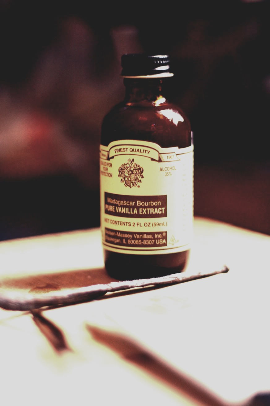 Use vanilla extract and apply to sun burn area. Your sun burn will go away in one to two days.