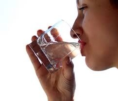 11. Drink plenty of water Drink lot of water as it is beneficial for your overall health. You can improve the moisture balance eyes more especially in air conditioned offices.