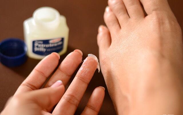 4. Moisturize your feet
