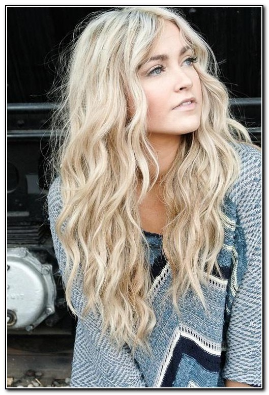 You will need: Straighteners  -split you hair in half -twist each side -with your straighteners move along down the twist  -let your hair cool and untwist