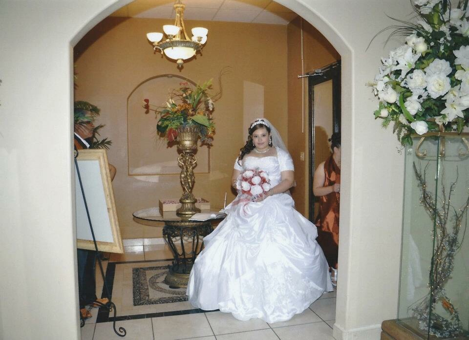 Me on the actual day of my wedding my hair was better😂 My dress isn't too beautiful though but thought I'd share