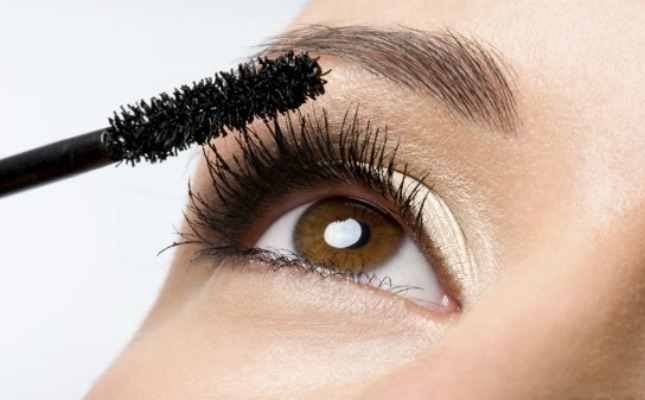 You can use mascara or........👉👉👉👉👉
