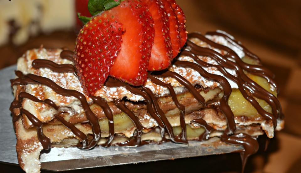 Chocolate Peanut Butter & Banana Stuffed French Toast