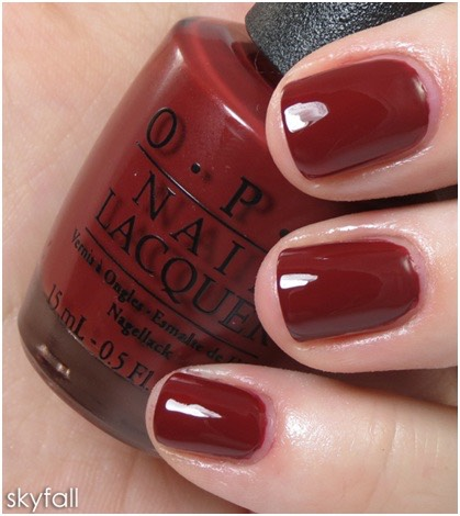 OPI maroon nail varnish. This is a perfect colour for winter.'it looks great on pale skin but also looks amazing on tanned skin