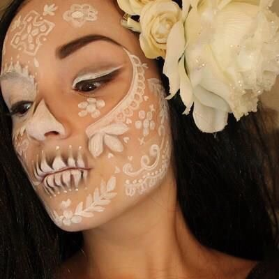 Not simple yet elegant Day of the Dead makeup