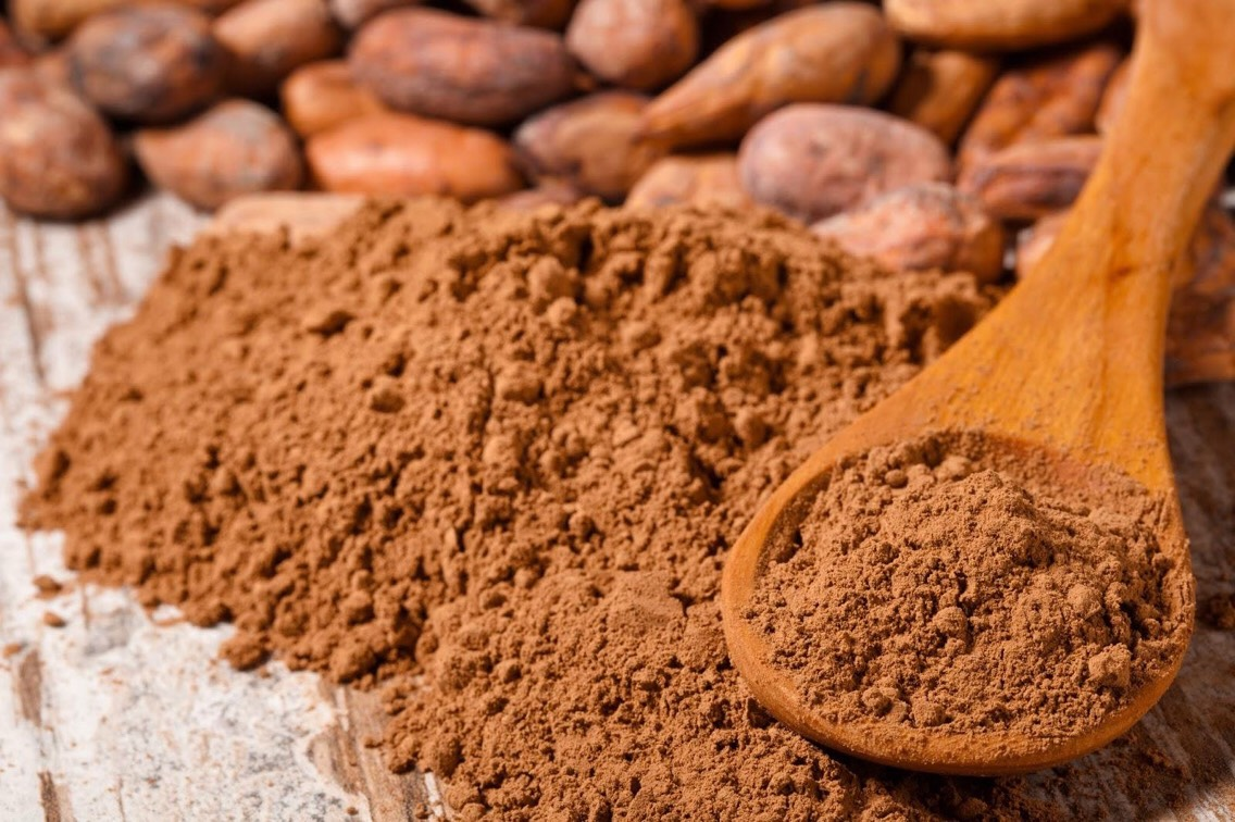 •Cacao contains over 300 important compounds, including protein, fat, certain B-vitamins & minerals such as calcium, sulfur, magnesium, phosphorus, iron, zinc & copper.
