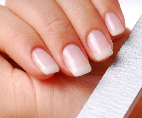 Every lady would love to have beautiful nails to do such beautiful nail art on, everyone would think that you are wearing false nails when really you just have very nice healthy nails.