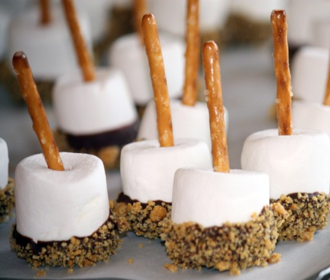 Having a sweet tooth? Well here is a delicious treat to help your sweet tooth!!