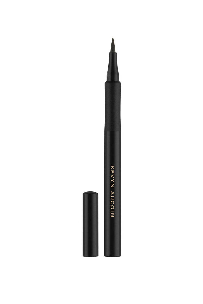 Use this eyeliner to make the dark and thinness around the eyes.