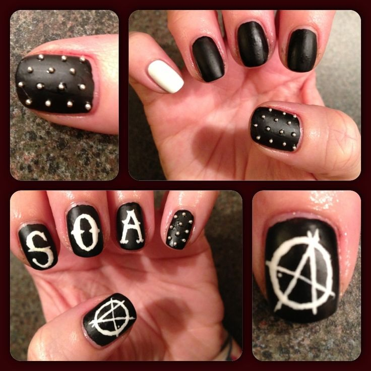 Use black and white polish to create the Sons of Anarchy logo on your nails. Add tiny gold studs and a mattifying topcoat for an even tougher look!
