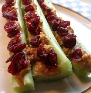 Celery,peanut butter,raisins (200)